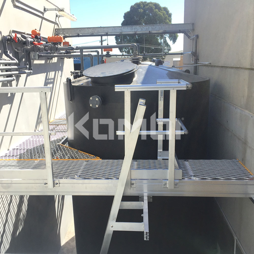 Kombi stair and platform systems - cooling tower access