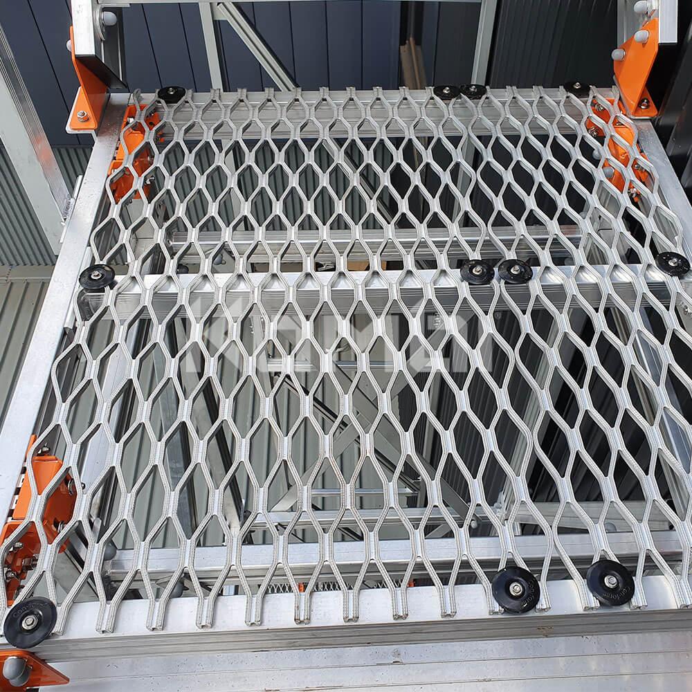 Kombi aluminium modular stair and platform systems for safe access