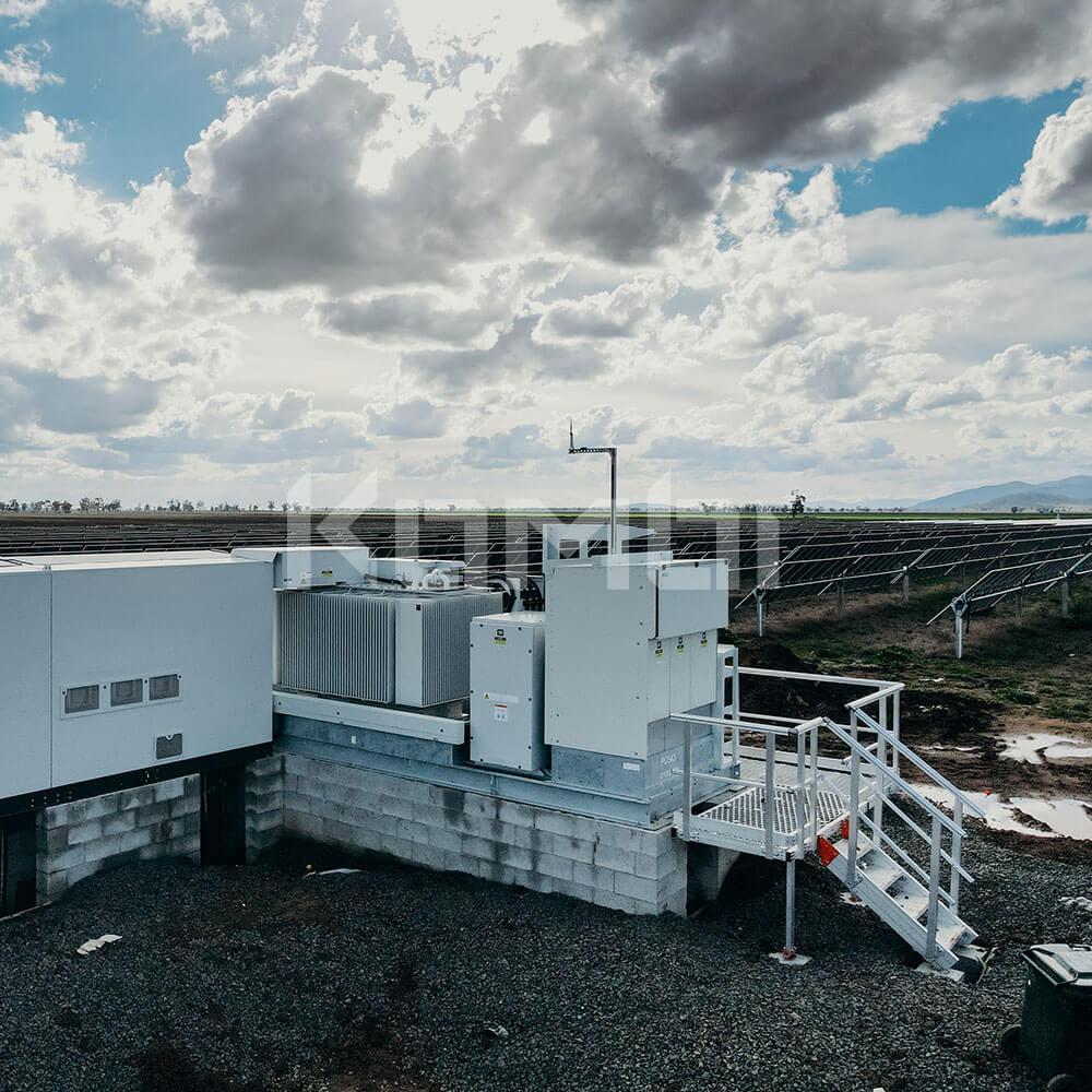 KOMBI Aluminum Stairs and Platforms at solar farm